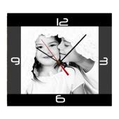 Nástěnné hodiny spotiskem